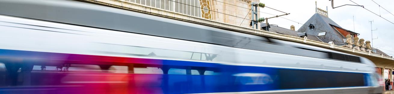 La gare de Saint-brieuc à 2 h 15 de Paris Montparnasse
